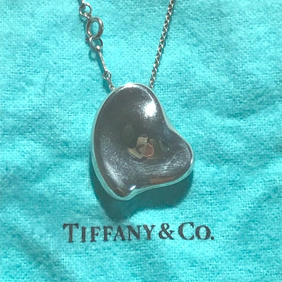 "82b77260803 Tiffany ""Elsa Peretti"" solid heart necklace. M 5a8ddf2761ca10a61b59cd8b"